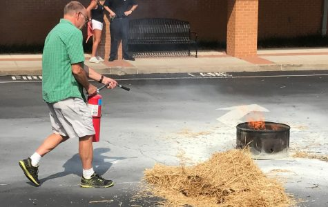 Teachers receive emergency training