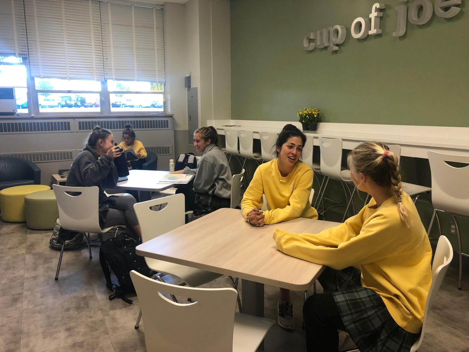 Students, including senior Maria Haro, enjoy time interacting with friends and off their phones during Unplugged Day.  Photo by: Greta Sea