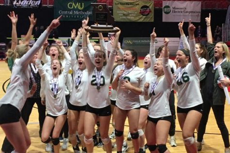 2017  Varsity volleyball team winning state!