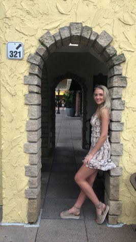 Photo of Hanna Dressing