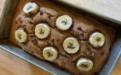 #6 on the fall bucket list: A perfect recipe to try is this delicious fall chocolate chip banana bread