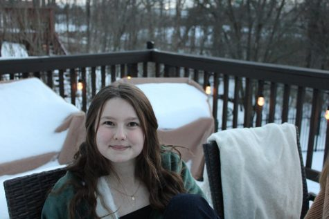 Junior Grace Kelly enjoys spending time in the snow!