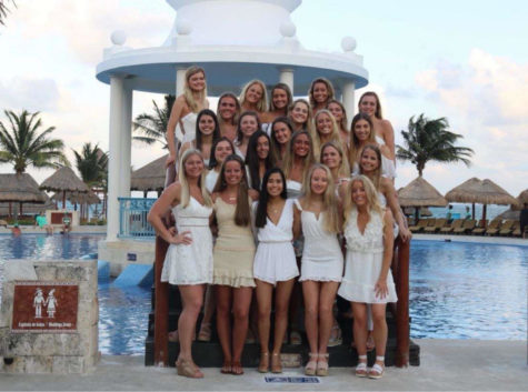 Class of 2020 students at the Now Sapphire Resort in Cancun for their senior spring break